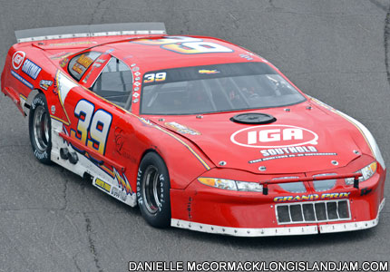 Thanks to Roger Oxee's hard-working crew, his No. 39 late model is ready for action in 2013.